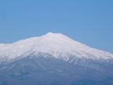 秀峰鳥海山2236m