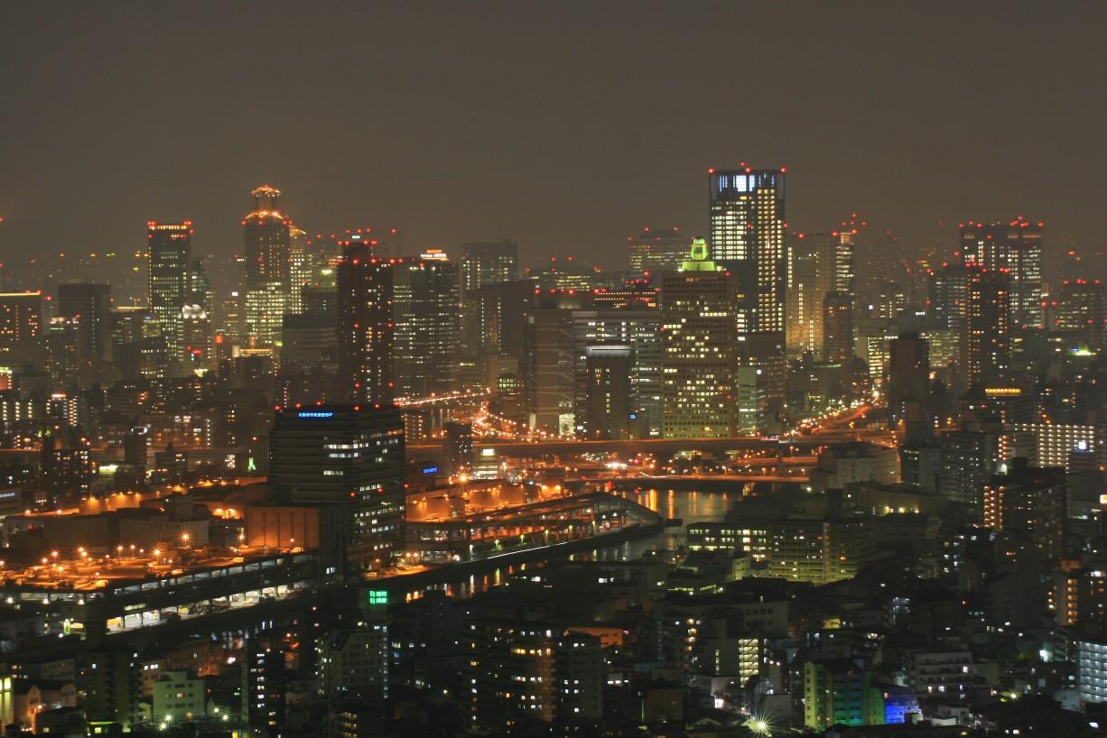 梅田と東京の繁華街との比較 - ...