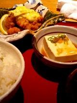 20051210-車-丸の内TOKIA