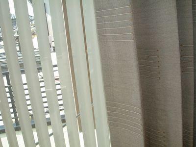 タテ型ブラインド-カーテン