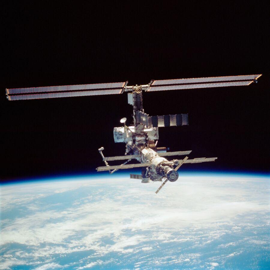 DESPERADO : 国際宇宙ステーション : 宇宙ステーションの素敵な画像 - NAVER