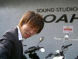 関七5 スタジオにはいる。