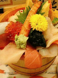 銀座マダム300人が選ぶ「海鮮丼」