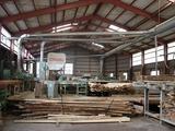 製材所の加工場