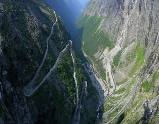 most_dangerous_roads_in_the_world_23