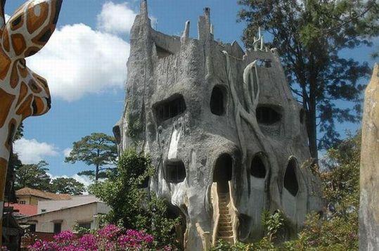 ベトナムのクレイジーハウス
