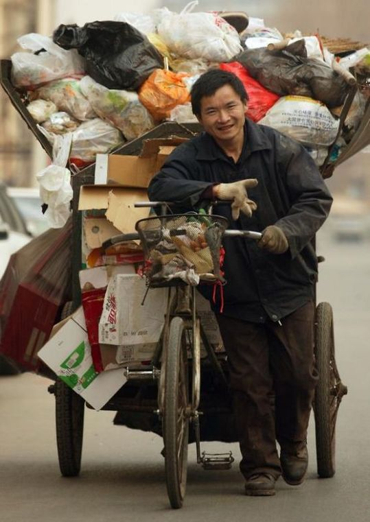 several_ways_to_transport_garbage_in_china_15
