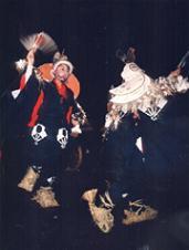 古式ゆかしき伝統の舞!