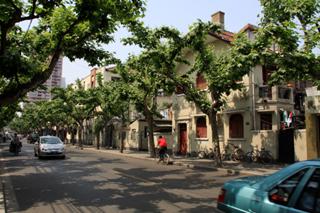 フランス租界時代の面影の残る 静安区「巨鹿路(チュルル)julu rd.」