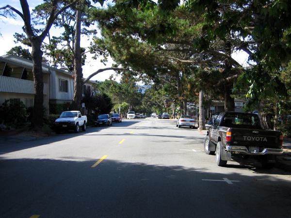 アメリカ西海岸の高級住宅地「カーメル」市内