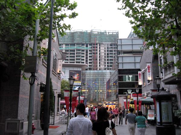 花園飯店から上海・新天地周辺まで歩く