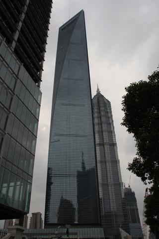 中国・上海の上海環球金融中心(Shànghǎi Huánqiú Jīnróng Zhōngxīn, Shanghai World Financial Center、上海ヒルズ、SWFC)