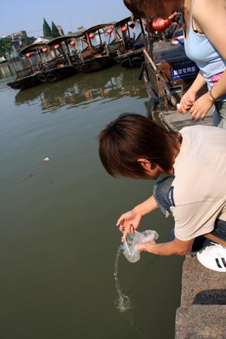 中国・上海で一番有名な古鎮「朱家角(ZHUJIAJIAO)」