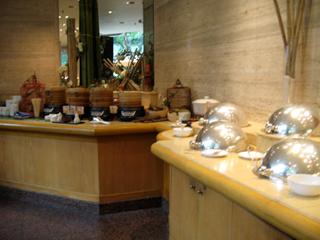 中国・上海ヒルトンホテル(上海希尓頓飯店)の朝食