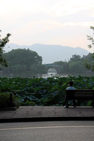中国・杭州・西湖湖畔の「楼外楼(ろうがいろう)louwai lou」