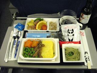 上海-成田便 全日空960便 パンダをモチーフにした特別塗装機「FLY!パンダ」機