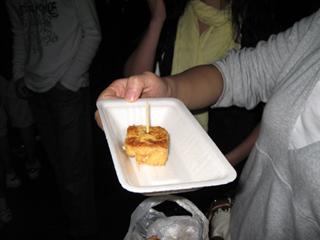 中国・上海に近い水郷「七宝古鎮」チーパオの小吃