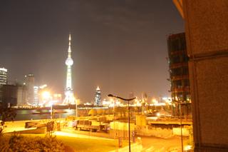 中国・上海 南匯路の香港、広東、上海、韓国、日本料理の多国籍料理店「Chris」