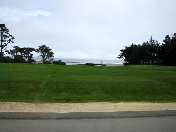 アメリカ西海岸の高級住宅地「カーメル」からペブルビーチへ