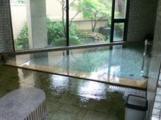 「一力」の微温湯。自家源泉の良い温泉です。