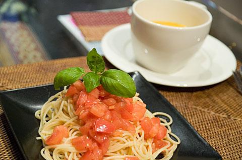 冷製トマトとスープ
