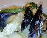 ホワイトアスパラとムール貝の前菜