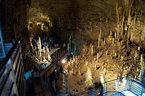 琉球の色 エロティックな鍾乳洞 玉泉洞