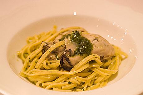 ペルゴラパスタ牡蠣