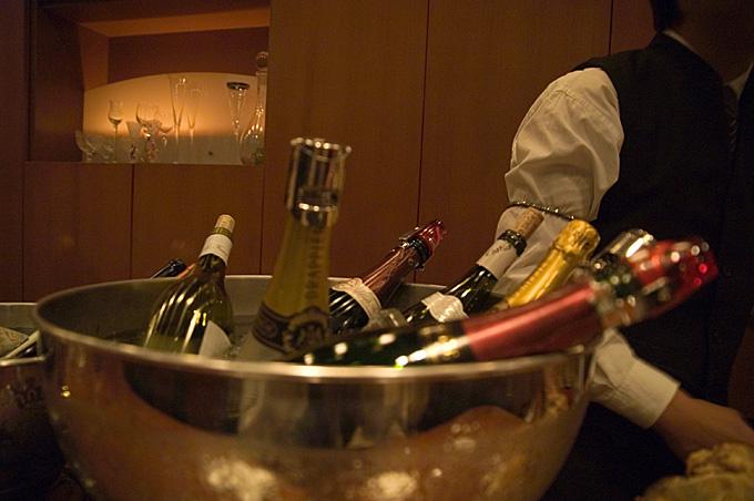 シャンパンBAR