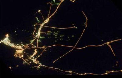宇宙ステーションから見た世界の大都市の夜景14