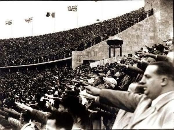 ヒトラーの祭典…1936年ベルリン...