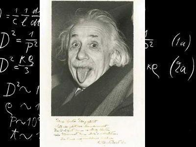 アインシュタインの舌出し写真