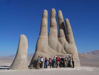 巨大な砂漠の手03