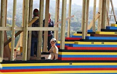 300万個のレゴで家を建設03
