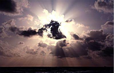 「天使のはしご」薄明光線03