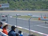 富士スピードの第一コーナー。