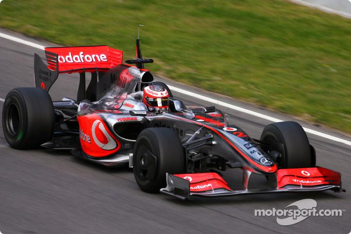 マクラーレン・MP4-24 - McLaren MP4-24