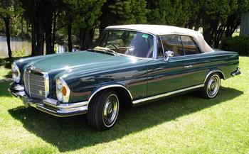 1971メルセデス-ベンツ280SE