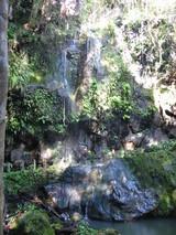裏見ヶ滝全景