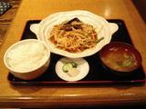 武屋食堂・茄子と豚肉の味噌いため