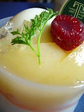高野ケーキ、桃のムース