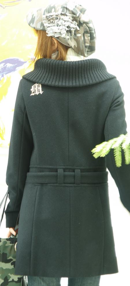 オリジナルコート イニシャル入りは4000円アップ