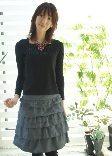 フーフォレ ギャザーカットソー長袖 黒¥7140