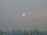 霞んだ太陽.jpg