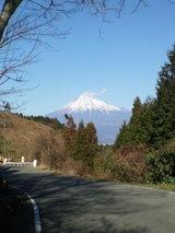 峠から見える富士.jpg