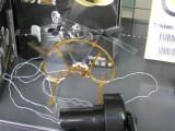 発電機で動くへりのおもちゃ