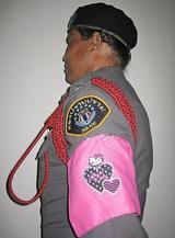 罰則に導入「キティちゃん腕章」、タイ警察が使用撤回「疑われちゃ困る」!?