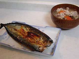 秋刀魚と豚汁