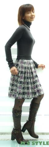 2 マリードールニット acutaのスカート