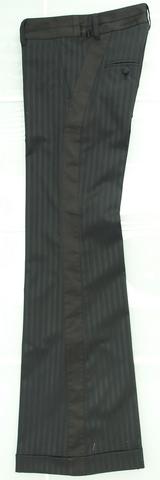 パンツS-194 ¥19000 ベージュ 黒展開 36 38サイズあり